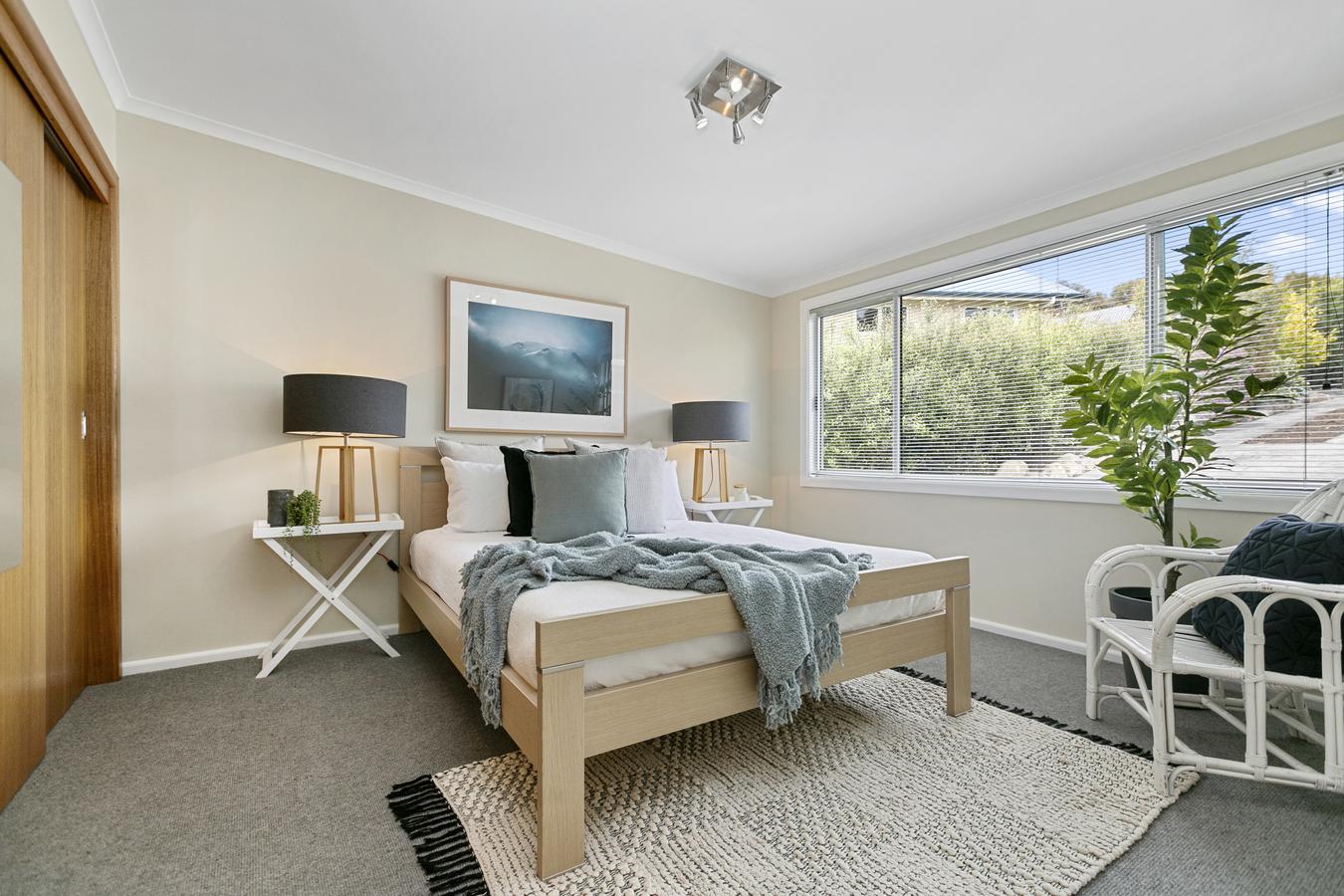 4 Mardon Lane Lower Snug 7054 Australia